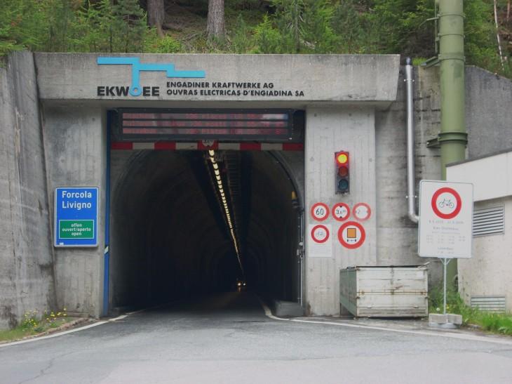 Tunel Munt La Schera - tunel do Livigna